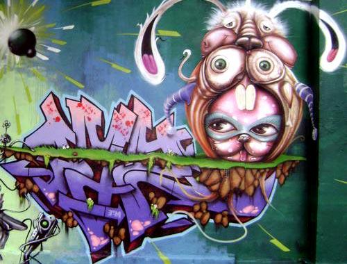 Rabbit Costume Graffiti   Minas Gerais, Brazil